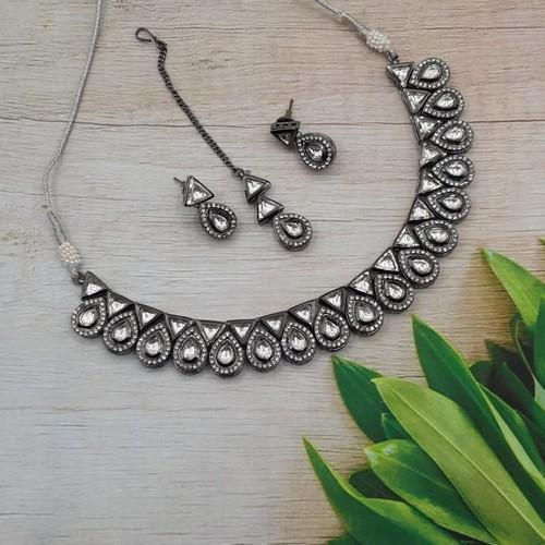 Drop Victorian Simple Necklace Set