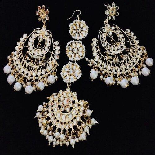 Earring and Teeka Set 8 - Ishhaara