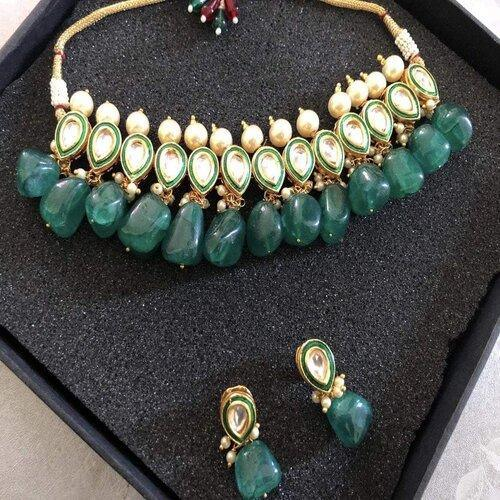 Emerald stone Meena necklace - Ishhaara
