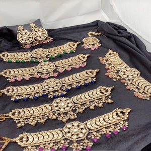 Kundan Choker With Dark Green Beads - Ishhaara