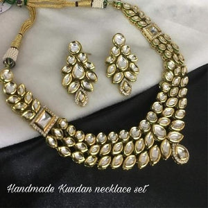 Kundan Mid Length Necklace
