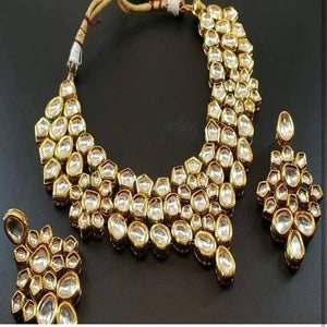 Kundan Mid Sized Necklace