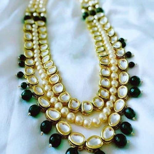 Kundan Moti Emerald Necklace