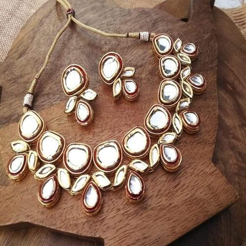 Kundan Small Necklace