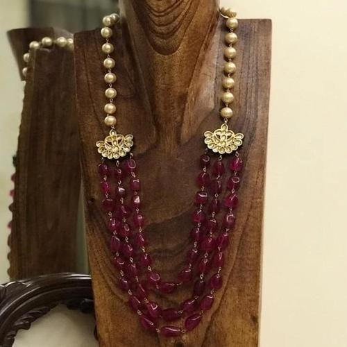 Maroon Necklace With Kundan Side Patch
