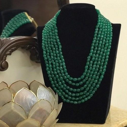 Multi Layered Emerald Stone - Ishhaara