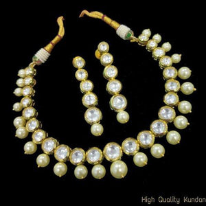 Round Kundan Moti Necklace