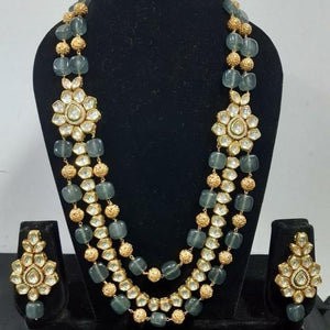 Side Kundan Gold And Blue Beads Set