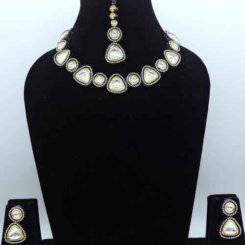 Simple AD Kundan Dual Tonned Necklace Set
