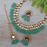 Simple Abstract Kundan Set