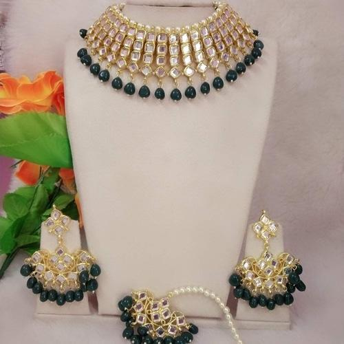 Simple Kundan Choker