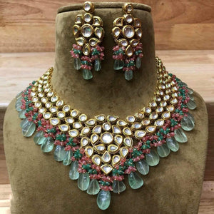 Simple Kundan Moti Necklace - Ishhaara