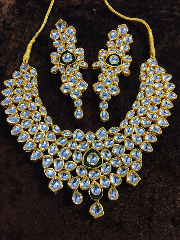Simple Kundan With Meena - Ishhaara