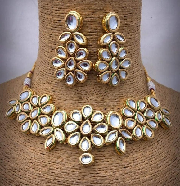 Simple Small Kundan Necklace