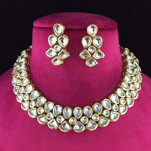 Simple kundan drop necklace - Ishhaara