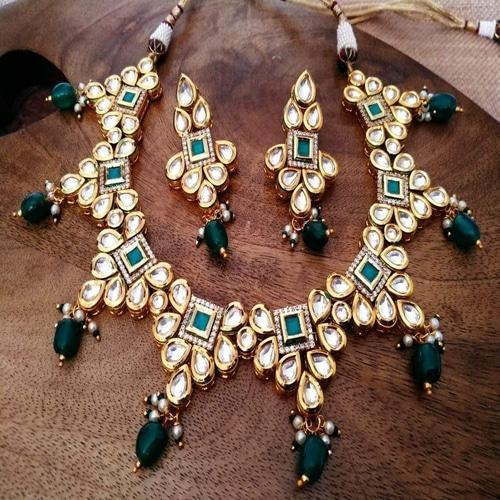 Square AD Kundan Necklace