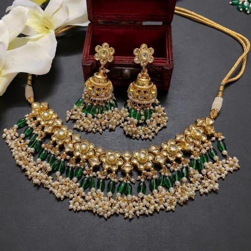 Tiny Flower Patchi Kundan Necklace Set