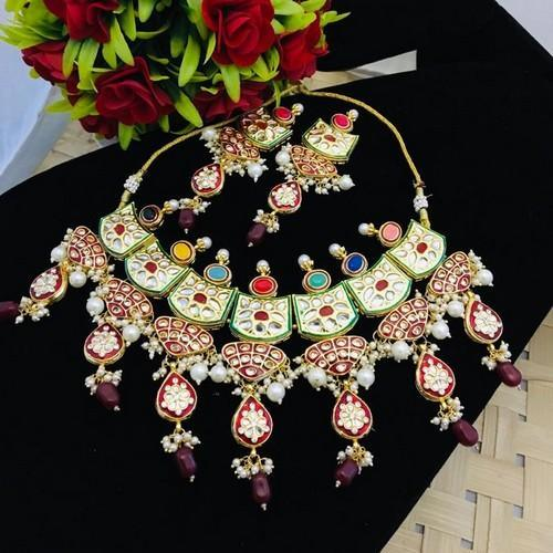 Triangular Meena Navratna Necklace Set