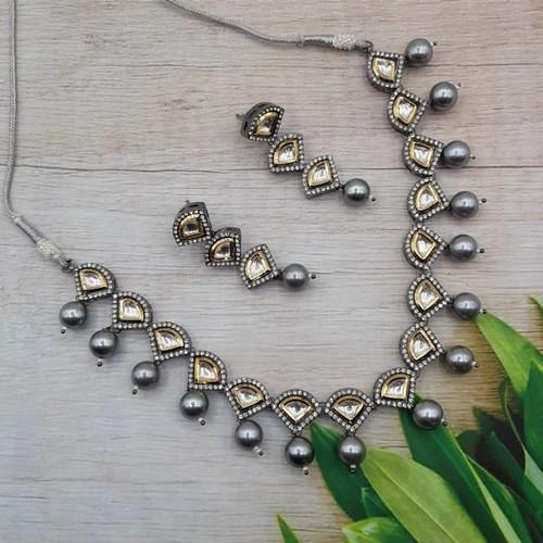 Triangular Victorian Grey Necklace Set