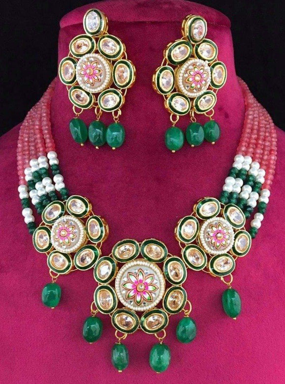 Three Flower Kundan Pendant Necklace - Ishhaara