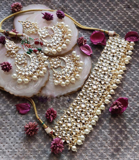 Kundan With Cluster Pearl Beautifull Earring With Teeka Choker - Ishhaara