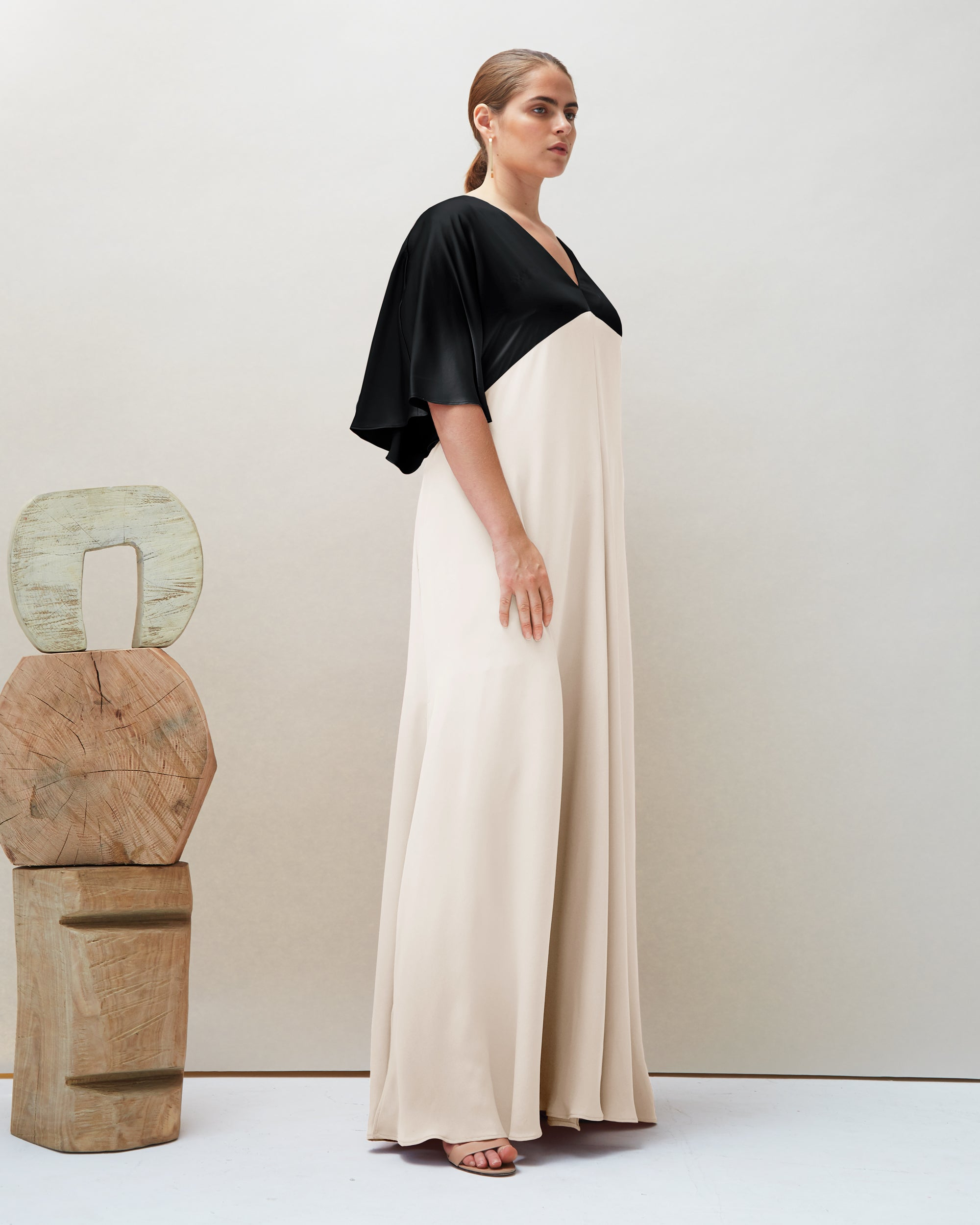 Seta Gown in Black & Ivory