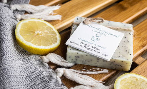 Poppy A-peel, lemon and poppyseed hand made soap bar 100g