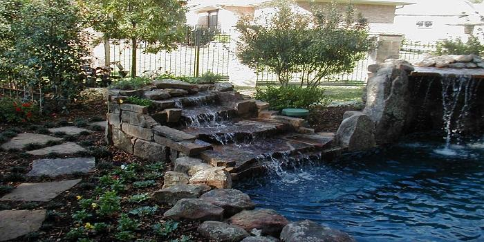 How to Choose the Right External Pump for Your Pond