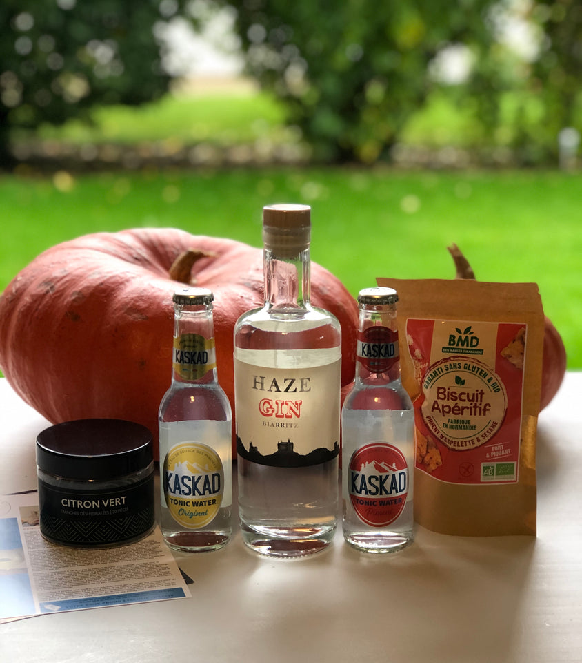 Ginsations October 2020 French Gin Box featuring Haze Gin from Biarritz, Kaskad French organic tonics, BMD gluten-free organic apéritif biscuits and ExtraDry dried lime slices