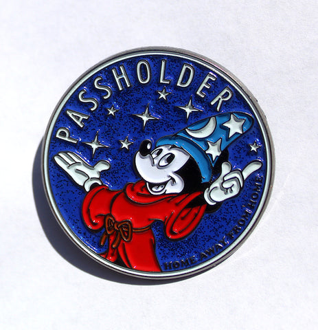 "Disney ""PASSHOLDER"" glow in the dark Pin"