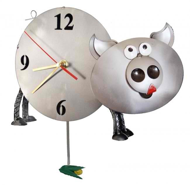 Biggie Piggy Oink Pig Wall Clock