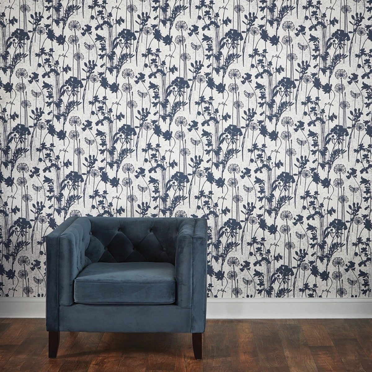 Distressed Floral Ivory Navy Di531 Wallpaper Self Adhesive