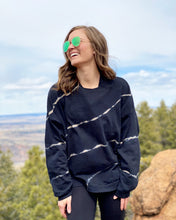 Brook Tie-Dye Cross Sweatshirt in Black