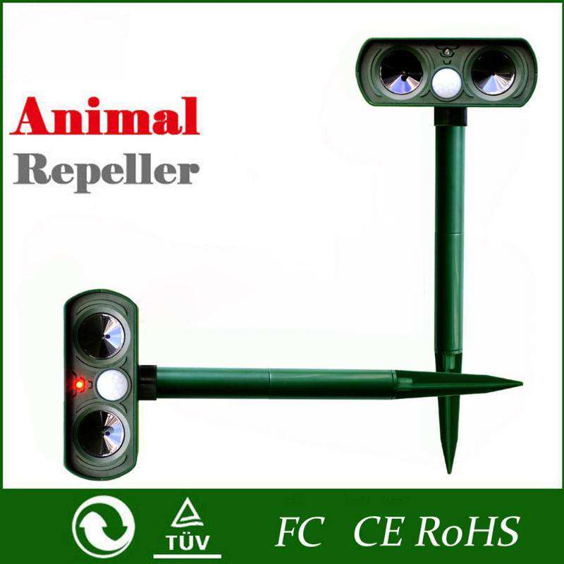 Solar Powered Ultrasonic Animals Repeller Cat Dog Deterrent Scarer Repellent
