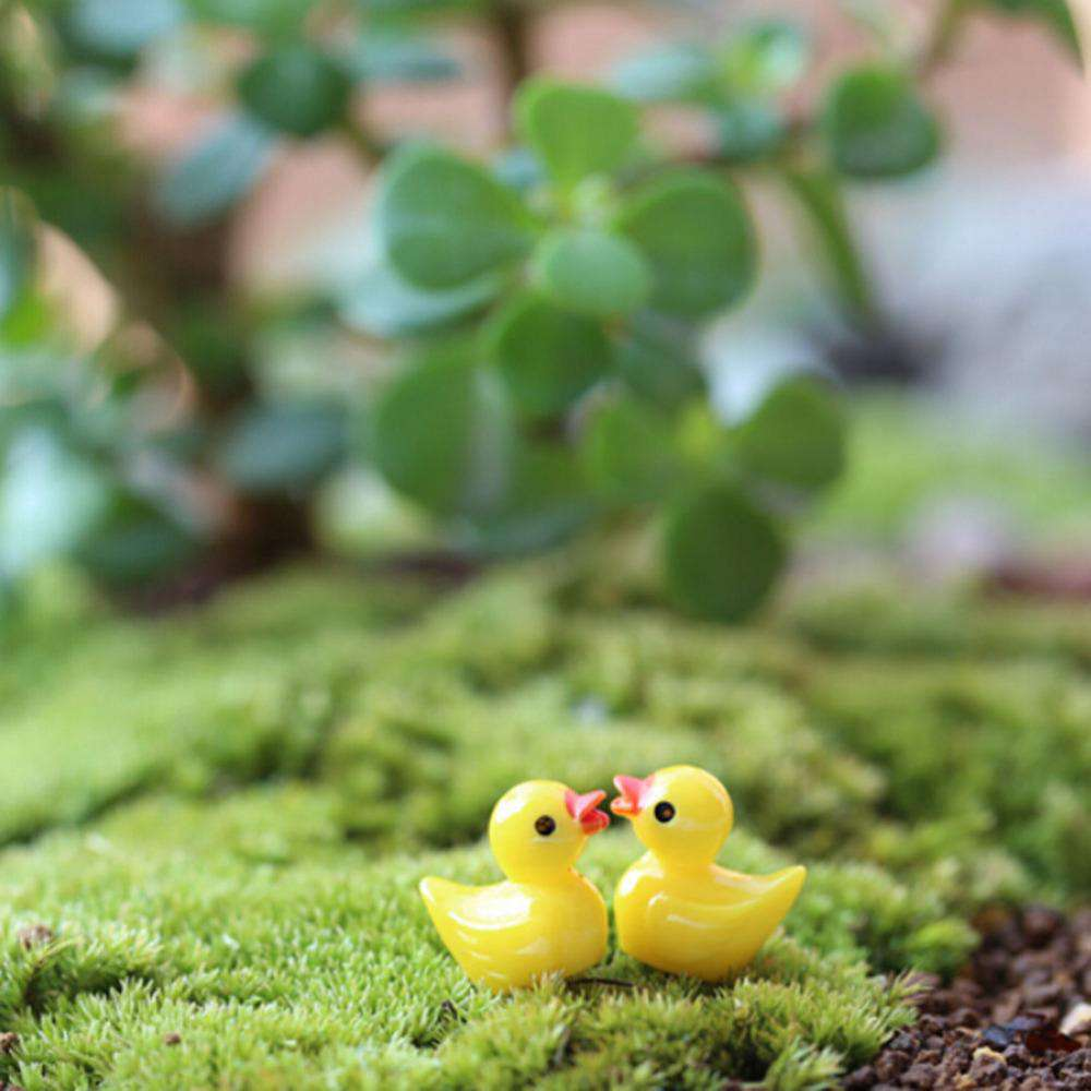 10Pcs Miniature Dollhouse Fairy Garden Mini cute little yellow duck Resin Crafts For Home plants Decoration