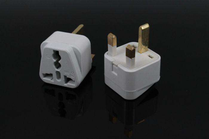 Travel Adapter for The UK