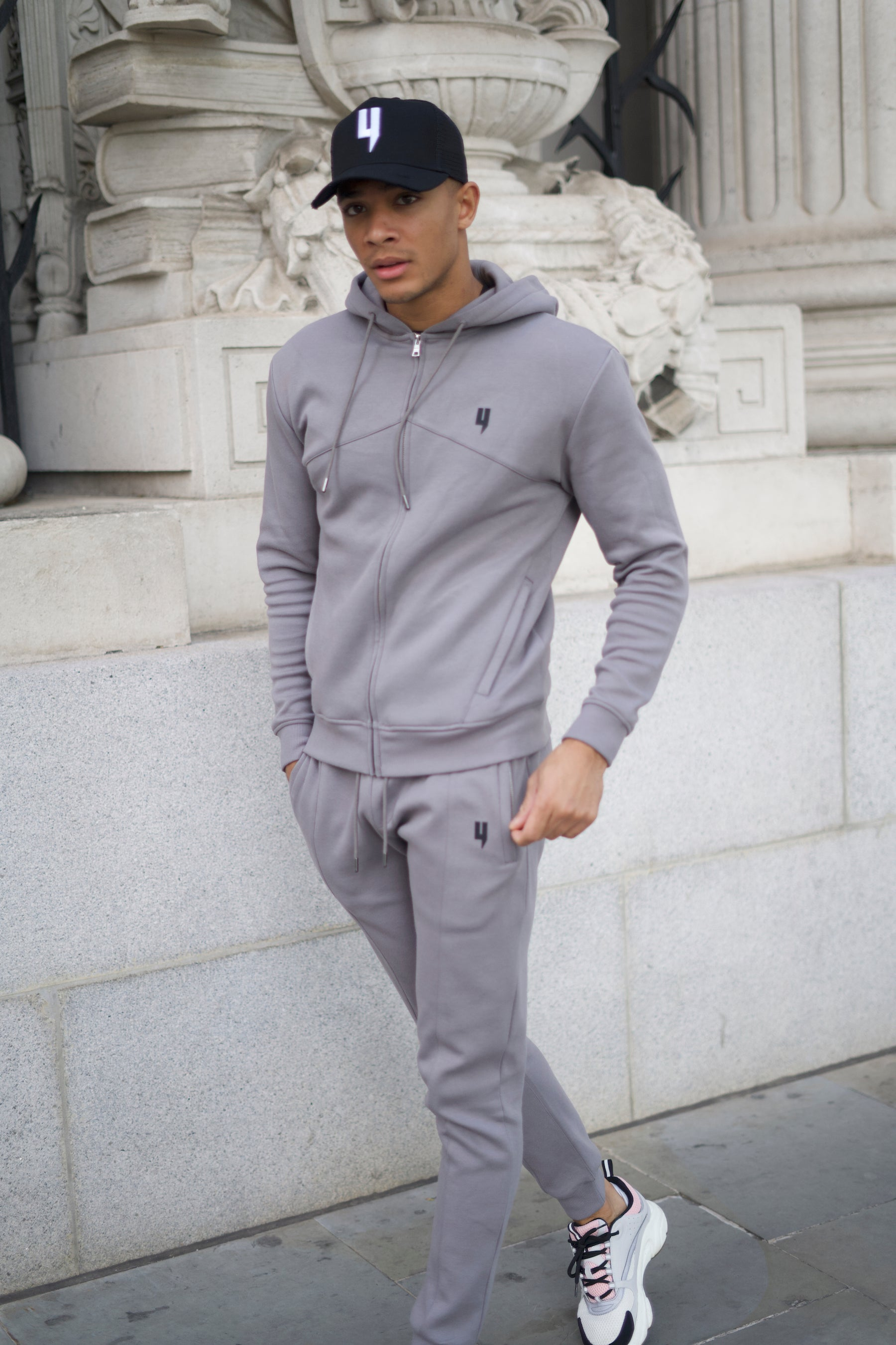 YELIR WORLD PINTUCK HOODY GREY
