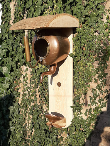 Copper Kettle Bird Nest Box / Feeder