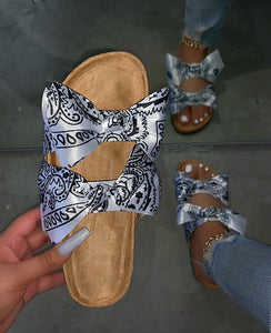 Black Scarf Pattern Bow Slides Sandles F696 - Furdela Wholesale