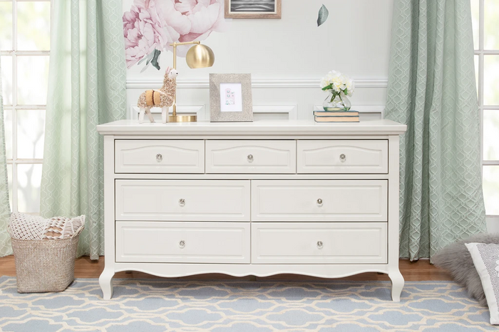 Franklin & Ben  Mirabelle 7-Drawer Dresser Warm White