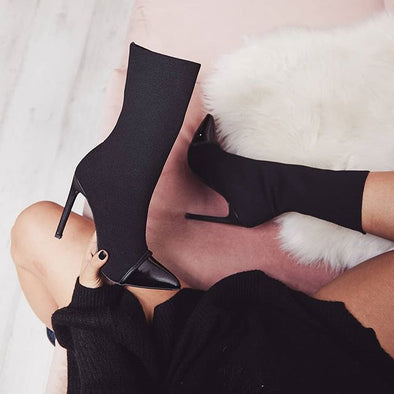 VERSATILE AND CLASSY BOOTS WOMEN FASHION MAKEUP DRESSUP FOOTWEAR !!!!!