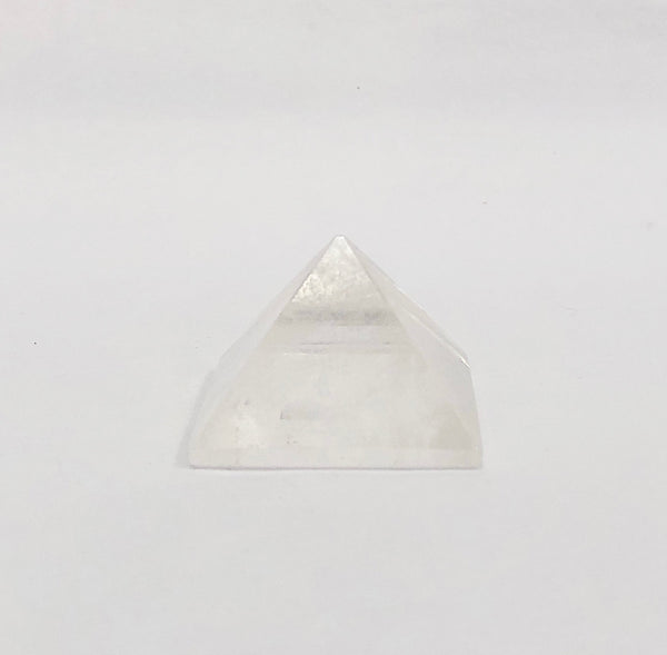 ROCK QUARTZ CRYSTAL PYRAMIDE 1