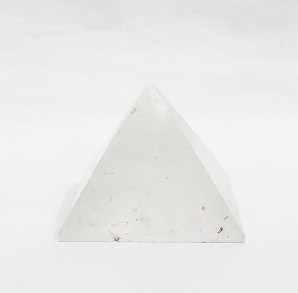 ROCK QUARTZ CRYSTAL PYRAMIDE 4
