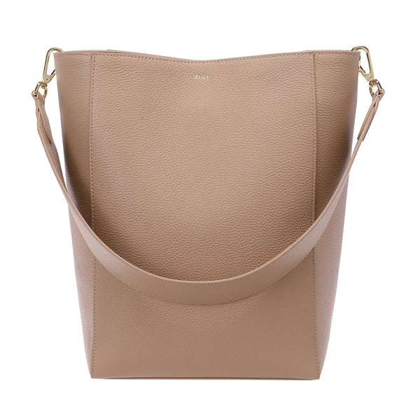LEATHER BUCKET BAG CAMEL
