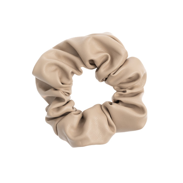 LEATHER SCRUNCHIE DARK SAND