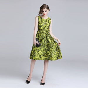 Ladies Yellow Floral Jacquard Sleeveless Slim Tunic for Spring and Summer