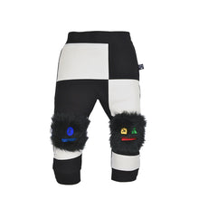 Load image into Gallery viewer, MONSTER set - Black & white trousers with bottom / knee pads