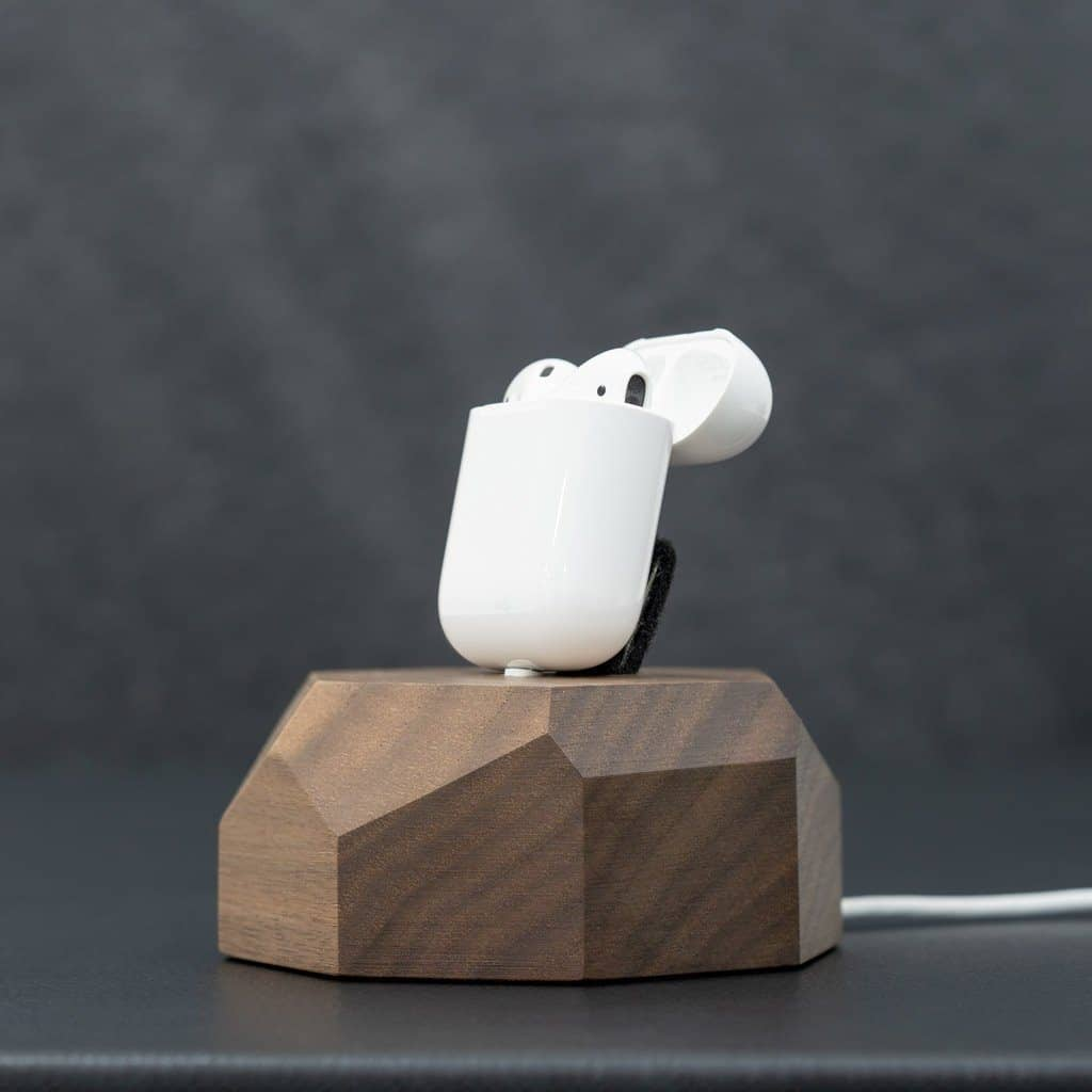 AirPods Wooden Charging Dock Tech Dock Oakywood WALNUT