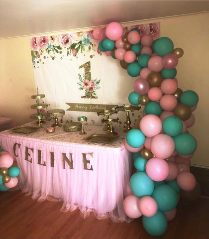 """Baby girl"" balloons decorations"