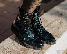 Load image into Gallery viewer, Black Hologram Pointed Lace Up Boot